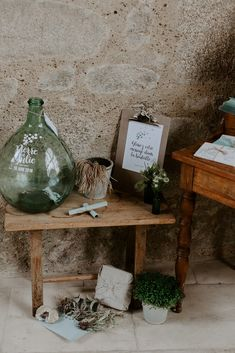 Julie & Pierre wanted to welcome the guests of their wedding in a simple and rural atmosphere, punctuated with vegetal elements but with a … - New sites Marriage Decoration, Ceremony Decorations, Welding Table, Metal Welding, Wedding Ceremony, Reception, Wedding Day, Rum Balls, Tabletop Fountain