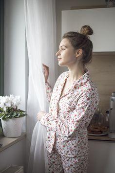 Ciepła piżama damska flanelowa, kwiatowy wzór - Lunaby_brand - Bielizna nocna