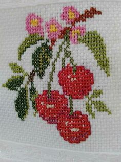Red and white knitting pattern for christmas and new year vector de stock (libre de regalías) 526547758 Small Cross Stitch, Cross Stitch Kitchen, Cross Stitch Rose, Cross Stitch Flowers, Hand Embroidery Stitches, Cross Stitch Embroidery, Cross Stitch Patterns, Knitting Patterns, Crochet Carpet