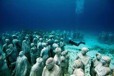 Parque de esculturas submarino, México