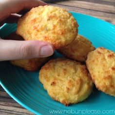 Gluten free low carb cheddar biscuits! This blog is awesome