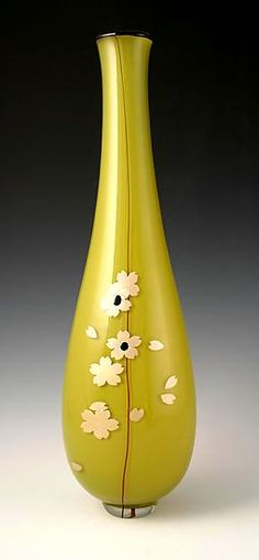 Sakura vase by Richard S. Jones: Art Glass Vase available at www.artfulhome.com
