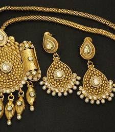 Traditional Rajwadi Pendant set with Copper base shop online.