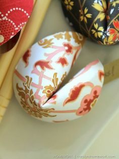 Chinese New Year Paper Fortune Cookies via homework |  carolynshomework (7)