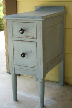 Furniture Painting Series Part 3:  After: Old Fashioned Milk Paint