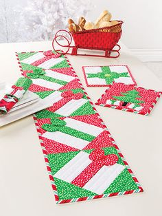 Pattern available from the Christmas All Through The House quilt pattern book from Annie's Craft Store. Order here: https://www.anniescatalog.com/detail.html?prod_id=125653&cat_id=467