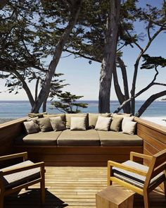 Discover how these outdoor spaces, terraces, and patio designs from Architectural Digest create the perfect atmosphere for lounging, entertaining, or dining alfresco Architectural Digest, Terrasse Design, Patio Design, Balcony Design, House Design, Built In Furniture, Outdoor Furniture, Outdoor Decor, Furniture Ideas