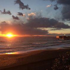 【sol_tina】さんのInstagramをピンしています。 《加工なしです🌴🌤🐳🦋🕊 夕日はフィルターなしのスマホで撮った方がキレイだな🤔 #sea#ocean#goprojp#instagood#oceanlover#sky#view#good#happy#beach#cool#instacool#beautiful#awesome#power#winter#amazing#gopro#sunset#冬#空#海#ビーチ#ゴープロのある生活#ゴープロ#夕日#葉山#加工なし#サンセット#マーメイド計画》