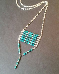 Long necklace with stainless steel fire-polished turquoise Thread Jewellery, Fabric Jewelry, Beaded Earrings, Beaded Jewelry, Handmade Jewelry Designs, Homemade Jewelry, Bijoux Diy, Girls Jewelry, Diy Necklace