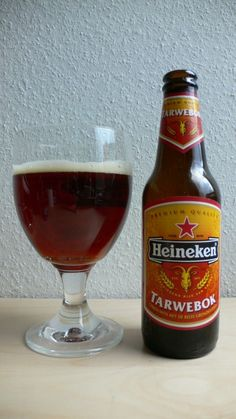 Cerveja Heineken Tarwebok, estilo German Weizenbock, produzida por Heineken Nederland, Holanda. 6.5% ABV de álcool.