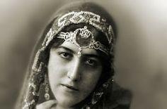 Sangria, Sol y Siesta: ANITA DELGADO, THE SPANISH MAHARANI DE KAPURTHALA