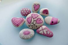 Examples of Stone Painting 107