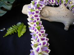 Light Purple Dendrobium Orchid Fancy Ribbon Lei | leibling - Floral on ArtFire