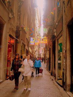 GenovaMilano Giorno e Notte - We Love You! www.milanogiornoenotte.com