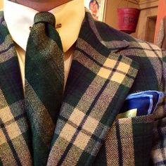 """workingclassdandy: """" Day hand loomed wool necktie by Burro. (at Briar Vintage) """" Mens Tweed Suit, Tweed Suits, Shirt And Tie Combinations, 31 Day Challenge, Cool Suits, Plaid Scarf, 1930s, Gentleman, What To Wear"""
