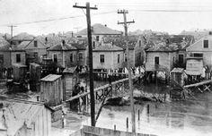 Short info about raising the island after the 1900 storm. 1900 Galveston Hurricane, Texas Hurricane, Hurricane History, Galveston Texas, Galveston Island, Road Trip Essentials, Road Trip Hacks, Road Trips, Texas City Explosion