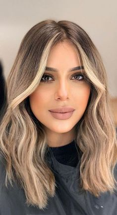 Brown Hair With Blonde Highlights, Blonde Hair Looks, Balayage Hair Blonde, Bright Blonde, Blonde Brunette Hair, Highlighted Hair For Brunettes, Brown Highlighted Hair, Highlights Around Face, Face Frame Highlights
