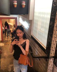 Extended Play, Kpop Aesthetic, Aesthetic Girl, Kpop Girl Groups, Kpop Girls, Apink Naeun, Son Na Eun, Doja Cat, Jennie Blackpink