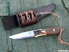 Bison Bushcraft Knife Gallery - Handmade Knives, Survival Kit, Wilderness / Woodlore Skills, Training and Courses, UK