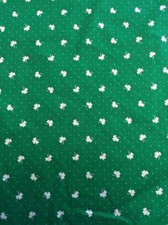 "Shamrock Fabric 45"" by Yard Green White Cotton Poly St Patrick Irish Ireland | eBay"