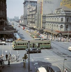 Memory Lane Monday: the only thing that looks familar is the trams.what the intersection of Collins and Swanston Street looked like in Melbourne Tram, Places In Melbourne, Melbourne Australia, Melbourne Suburbs, Melbourne Victoria, Victoria Australia, Victoria Building, Terra Australis, Largest Countries