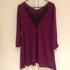 Magenta 3/4 sleeve tee Neck accented with knit black vines. 65% polyester, 35% viscose. august silk Tops