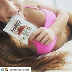 ATLETA PAMELA GUNTHNER  Nossa linda atleta @pamelagunthner  Meus cookies favoritos de proteína sabor chocolate. Confiram @allprotein ...