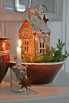 VIBEKE DESIGN, love this small gingerbread house with the reindeer on top Christmas Gingerbread House, Noel Christmas, Merry Little Christmas, Primitive Christmas, Country Christmas, All Things Christmas, Winter Christmas, Christmas Crafts, Christmas Decorations