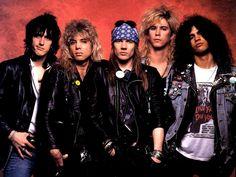 Guns N' Roses: La historia de la polémica y exitosa banda que marcó los años '80.