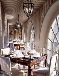 Glamorous Chic Life - must be a restaurant somewhere  - it's goregeous