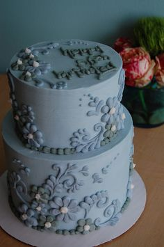 This was made as a birthday cake but would make a beautiful wedding cake.