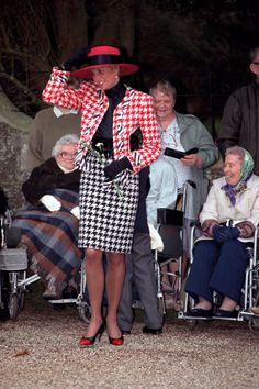 Princess Diana Style Moments ...