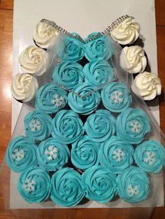 Elsa dress or Anna dress cupcake cakes (pull apart cakes) | Frozen ...