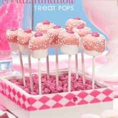 Marshmellow Pop's Pink chocolate & pearls