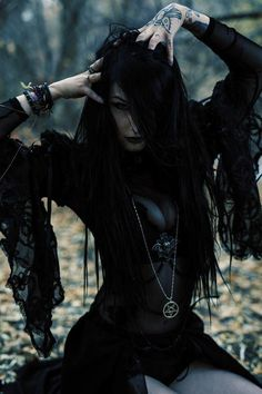 Model: Viktoryia Punky Photo: @Kenneth A Muhlestein Welcome to Gothic and Amazing | www.gothicandamazing.com