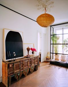 Giambattista Valli Apartment In Paris | HGTV Decor