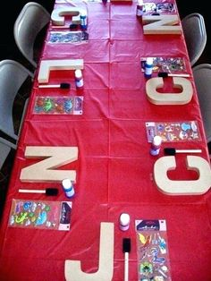 Have each child create their own customized monogram letter from Poca Cosa - Creating your own birthday parties at home has never been easier. These DIY Birthday Party Ideas are awesome! ideas birthday DIY Birthday Party Ideas that Rule! 13th Birthday Parties, Art Birthday, Slumber Parties, Birthday Sleepover Ideas, Sleepover Crafts, Parties Kids, Crafts For Birthday Parties, Home Birthday Party Ideas, Slumber Party Ideas