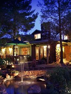 Sedona, AZ | The Lodge at Sedona – A Romantic Bed and Breakfast Inn.  I desire to do an article on this B in the future.