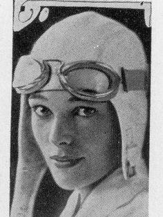 1920s Aviatrix Amelia Earhart High School Yearbook~Chicago~Pilot~Kinner Airster | eBay