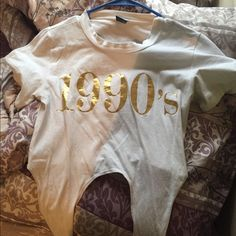 Tie up crop top gold and white. Size s/m Tops Crop Tops