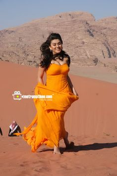 Hansika motwani is well known star of Indian film. Indian Bollywood Actress, Bollywood Actress Hot Photos, Bollywood Girls, Beautiful Bollywood Actress, Indian Actresses, Bollywood Images, Hot Actresses, Hot Images Of Actress, Indian Actress Images