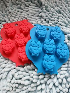 Hey, I found this really awesome Etsy listing at https://www.etsy.com/ca/listing/242557627/6-cavity-owl-cake-mold-flexible-silicone