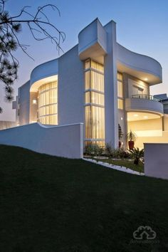 House With Modern Facade And Wonderful Environments   Come And Meet!