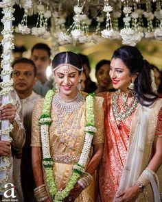 Indian Wedding Wear, Indian Wedding Planning, Indian Bridal Outfits, Indian Bridal Fashion, Saree Wedding, Bridal Dresses, Indian Weddings, Indian Dresses, Wedding Looks