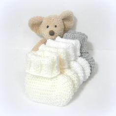 Chaussons bébé lot de naissance Tricotmuse **commande réservée** : Mode Bébé par tricotmuse