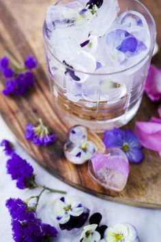 Tine Monsen - Flower Arrangements, Lifestyle, Ethnic Recipes, Flowers, Desserts, Food, Blogging, Tailgate Desserts, Floral Arrangements