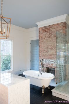Bathroom with Clawfoot Tub Luxury Master Bathroom White Marble Clawfoot Tub Antique Brass Bath Modern Master Bathroom, White Bathrooms, Luxury Bathrooms, Master Bathrooms, Minimalist Bathroom, Dream Bathrooms, Clawfoot Tub Bathroom, Concrete Bathroom, Bathroom Faucets
