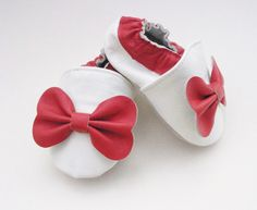 Darling white and red bow pre-walker baby by BabyFeatherings