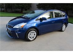which years of toyota prius hybrid had blue color as an option - 2015 Toyota Prius V: Angular Front
