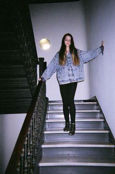 Grunge clothing. Vintage denim jacket and black jeans look amazing together.